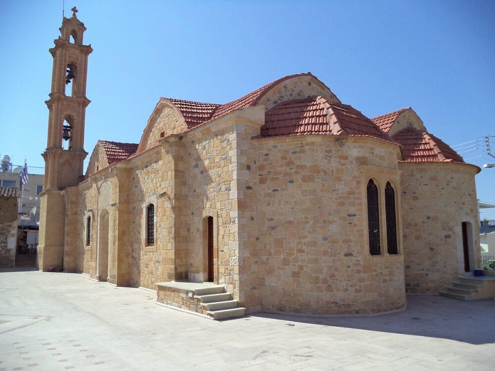 Церковь Киприана и Иустина