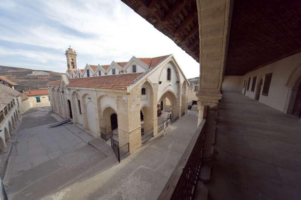 Монастырь Святого Креста Омодос