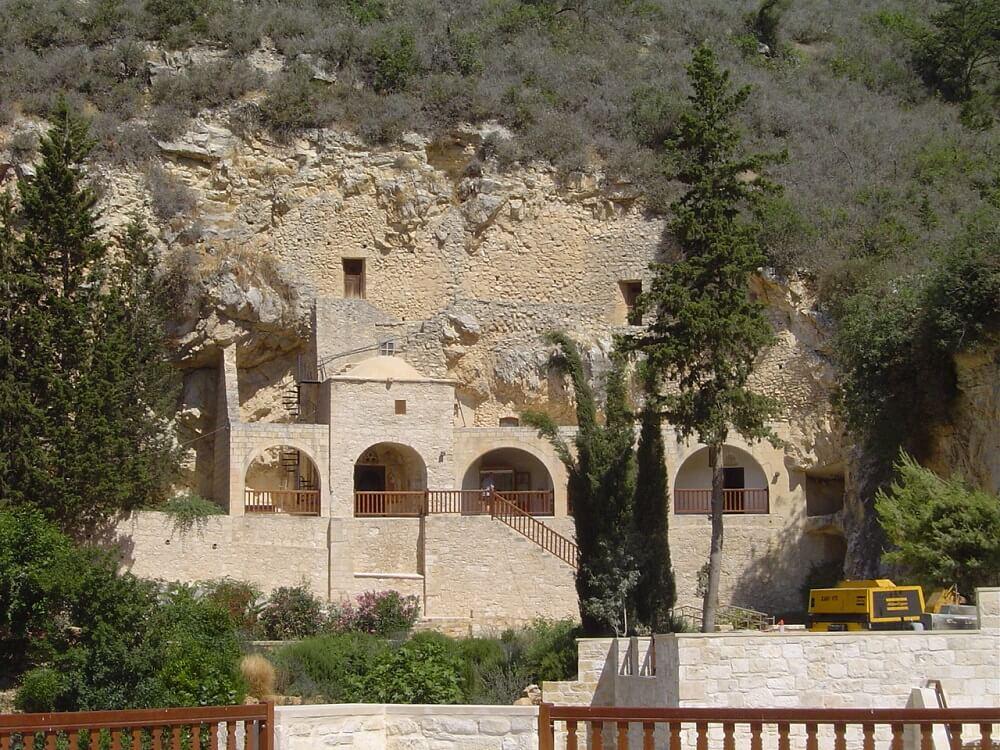 Монастырь Неофита
